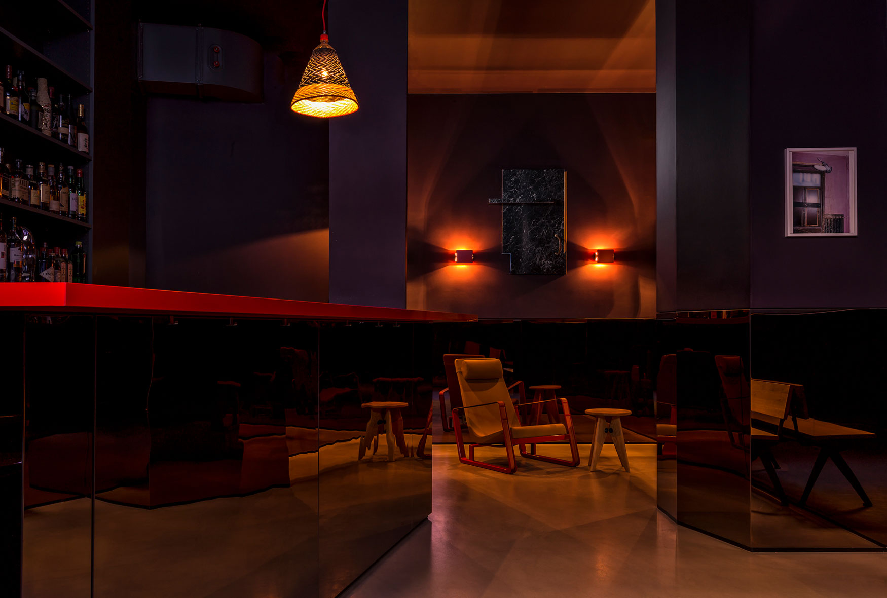 maxie-eisen-interior-bar-front